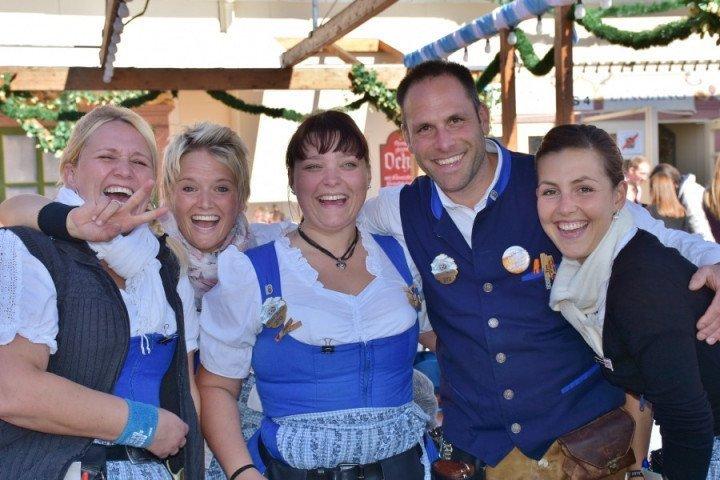 慕尼黑啤酒節巴伐利亞傳統服裝
