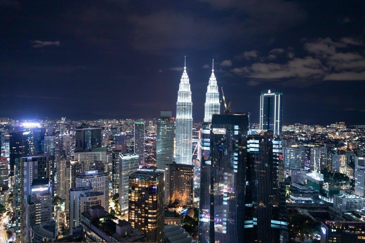 【吉隆坡無邊際泳池住宿推薦】KLCC、武吉免登、KL Sentral安全區域,特色吉隆坡住宿整理