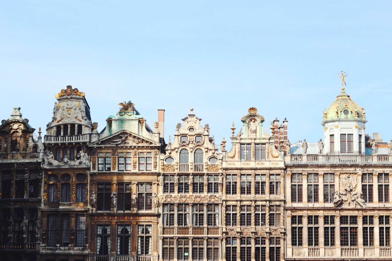 【布魯塞爾住宿推薦】直接住在廣場上,市中心住宿安全地點攻略