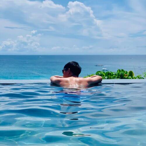 Fairways And Bluewater Boracay ventana pool