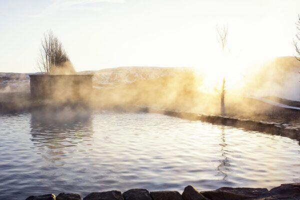 冰島秘密溫泉